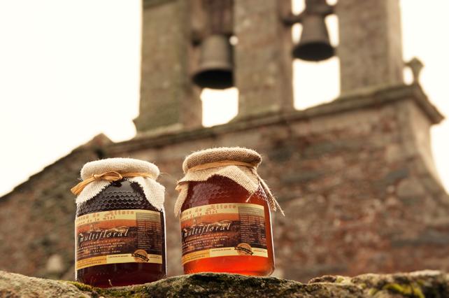 Nuestra industria artesanal y rural de miel está vinculada con la búsqueda de los mayores estándares en calidad.