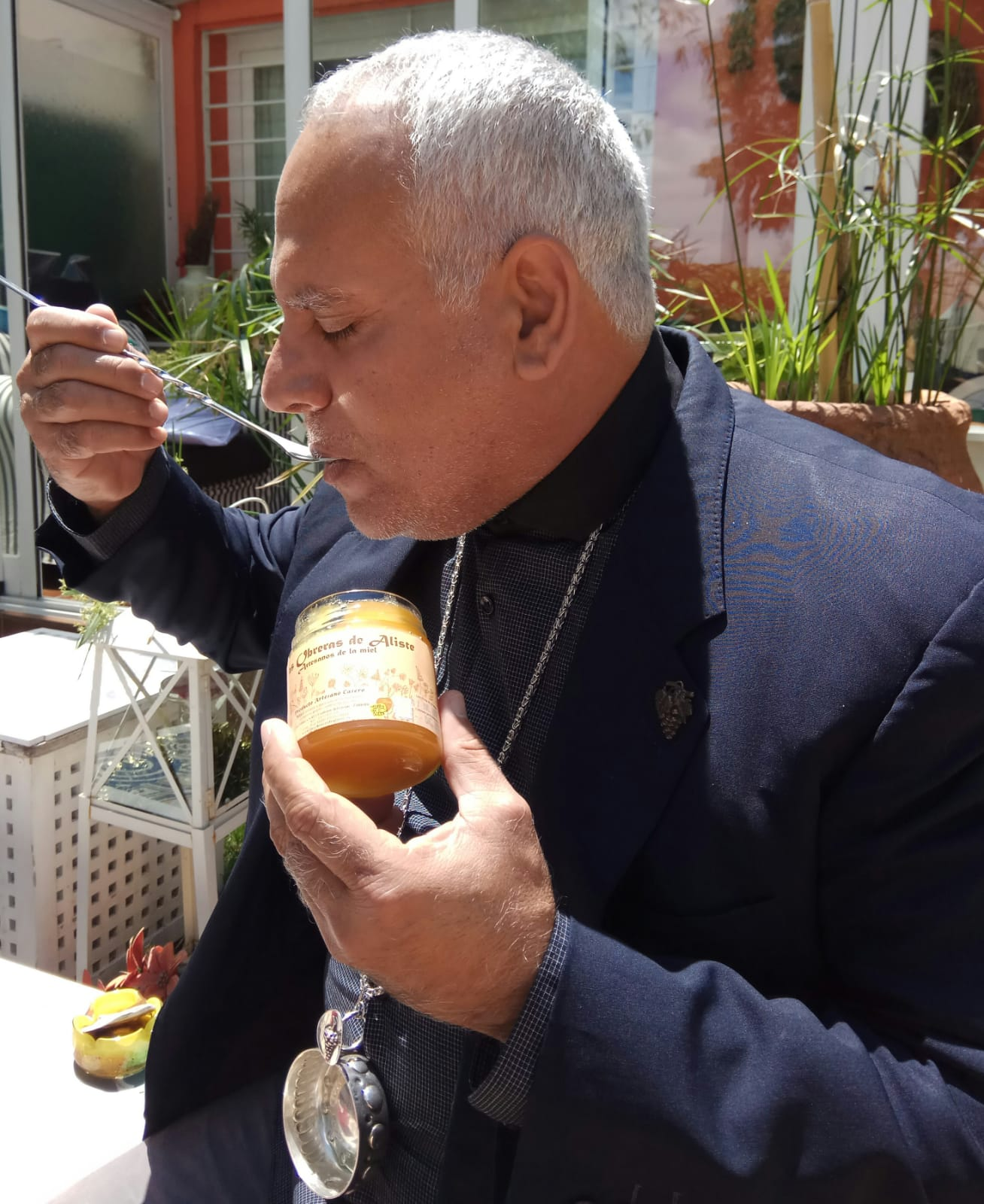 sumiller Rigoberto Carceller Las Obreras de Aliste miel artesana